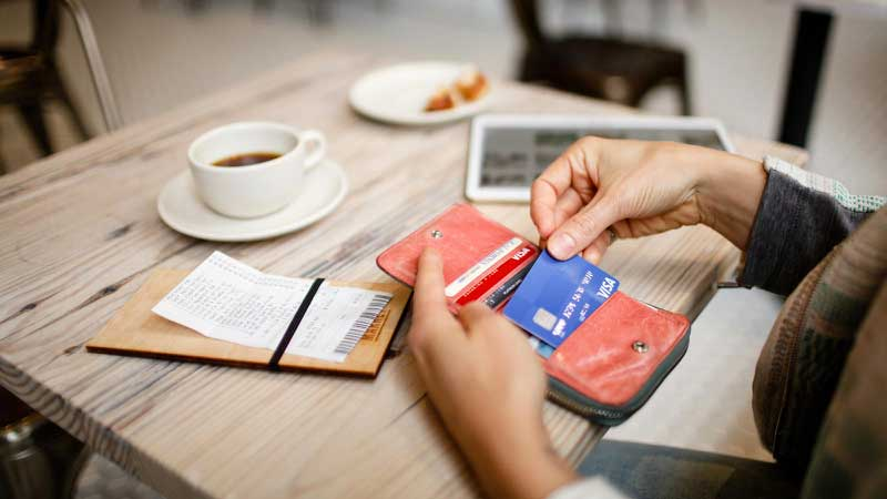 paying bill with Visa credit card